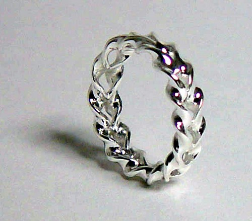 The Optical Illusion Ring Silver